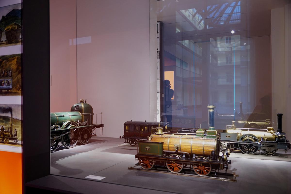 « Des machines au service du peuple. Godin et la mécanique » : 2. Le chemin de f