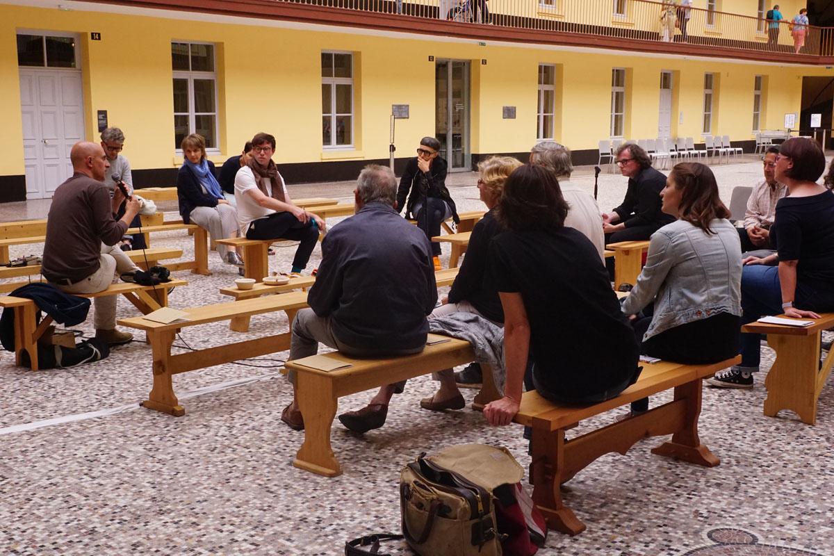 Une conversation sur les bancs avec Matali Crasset, designer industriel, et Pasc