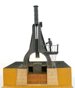 Maquette d'un marteau-pilon (image)