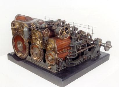 Maquette d'une machine à vapeur horizontale de marine (image)