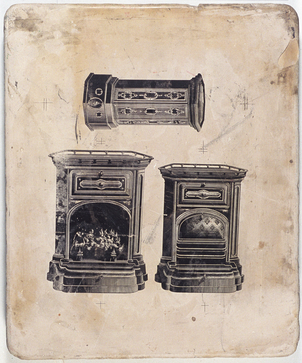 La pierre lithographique est ornée de dessins d'appareils de chauffage.