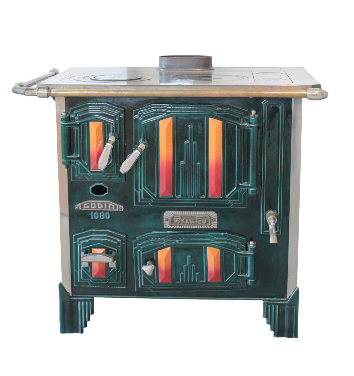 Vue de face de la cuisinière n° 1080 «Pot-au-feu».