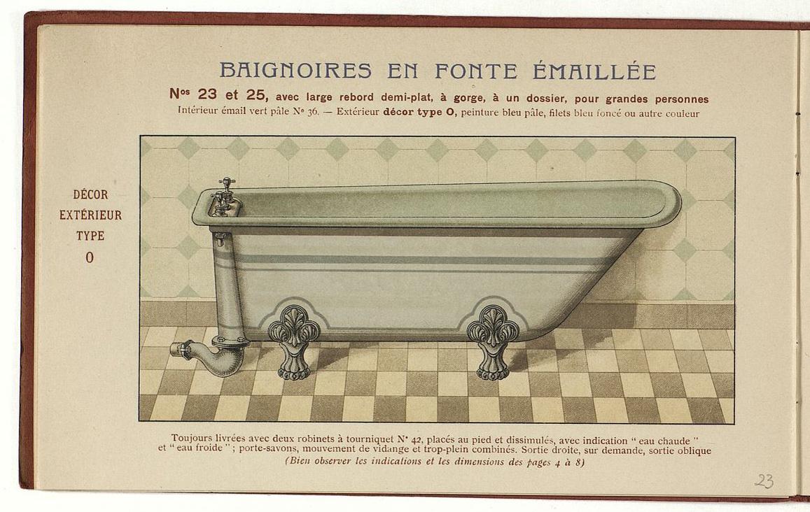 La page du catalogue présente une baignoire ornée.