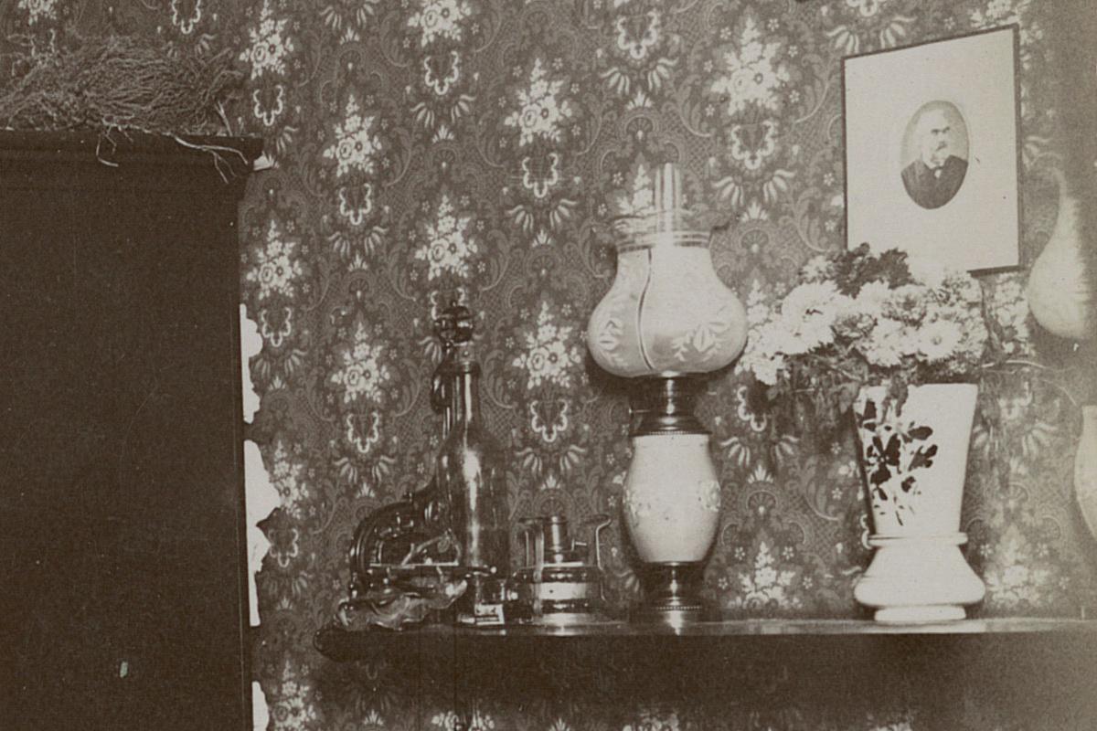La photographie montre la cuisine d'un logement du Familistère