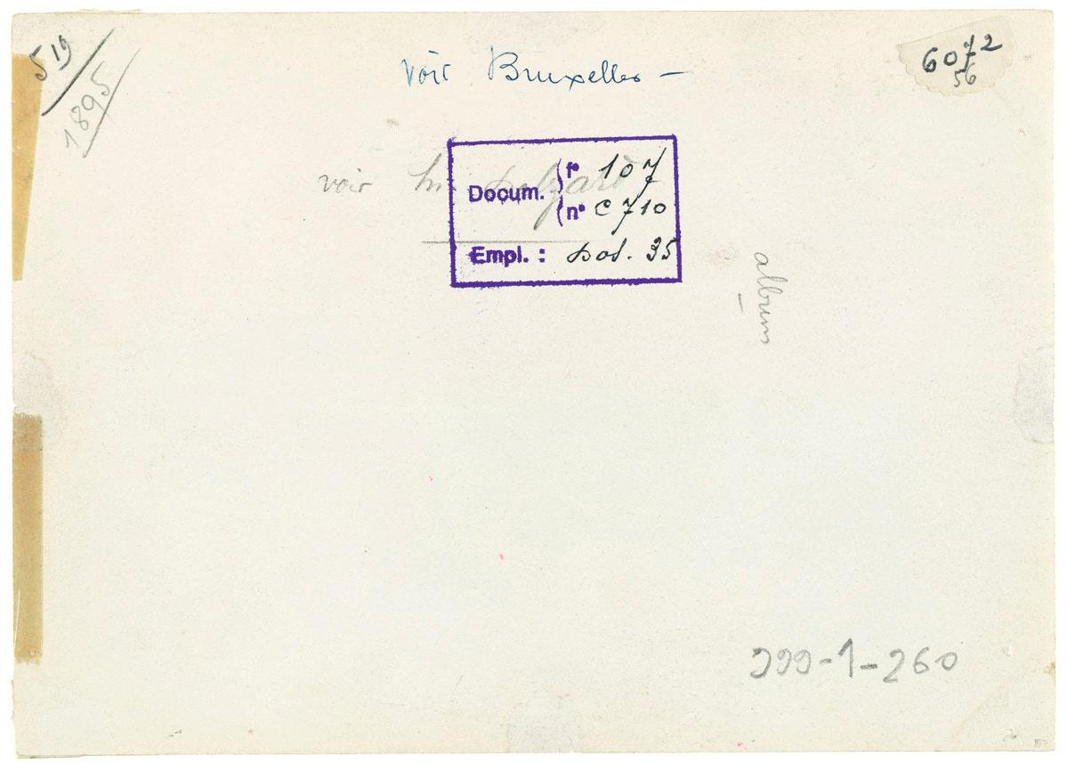 Verso de la photographie des écoles du Familistère de Laeken