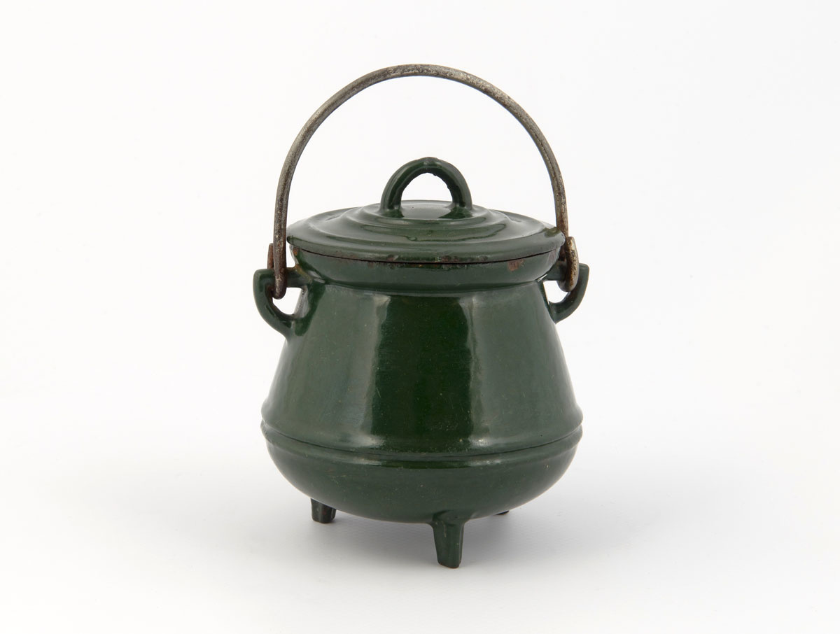 Vue du pot de Hainaut jouet