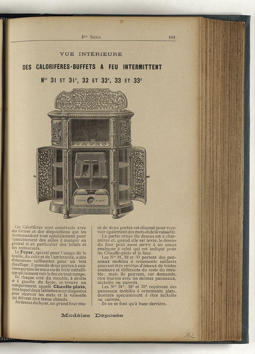 Vue d'une page de l'album de 1898 montrant le calorifère-buffets avec portes ouv