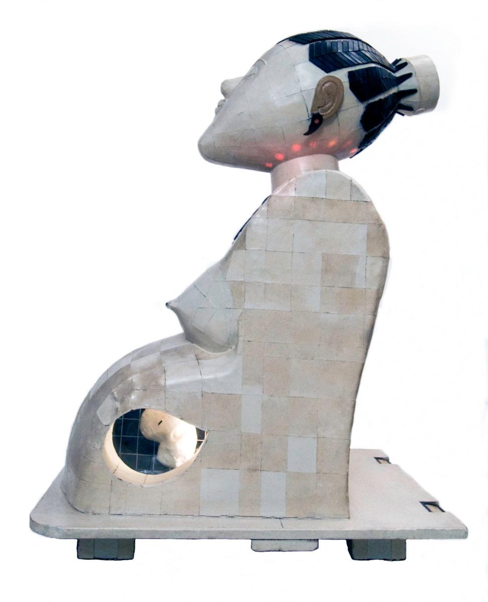 Vue de profil de la Statue Byl
