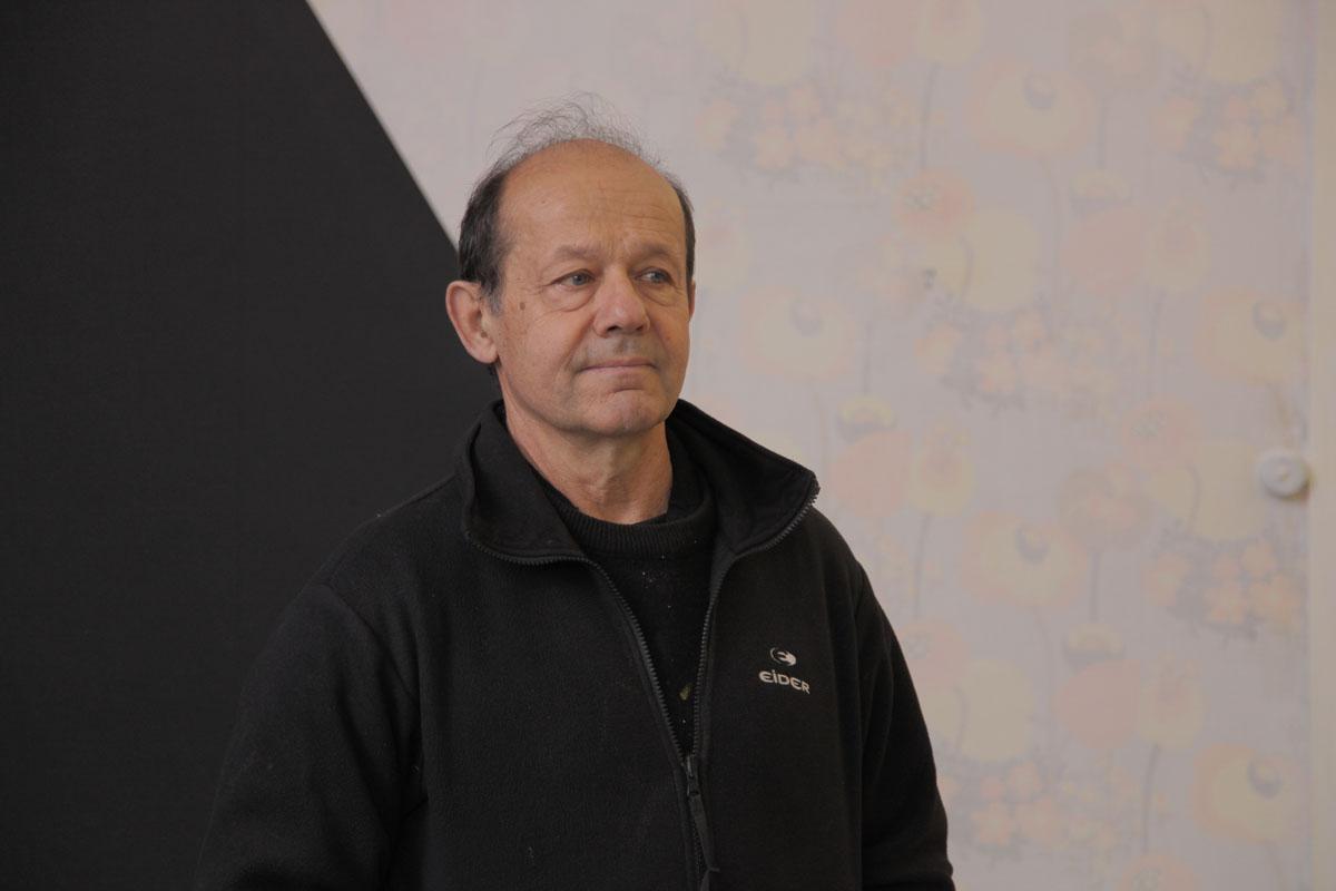Georges Rousse dans l'un de ses « ateliers » de l'aile gauche du Palais social d