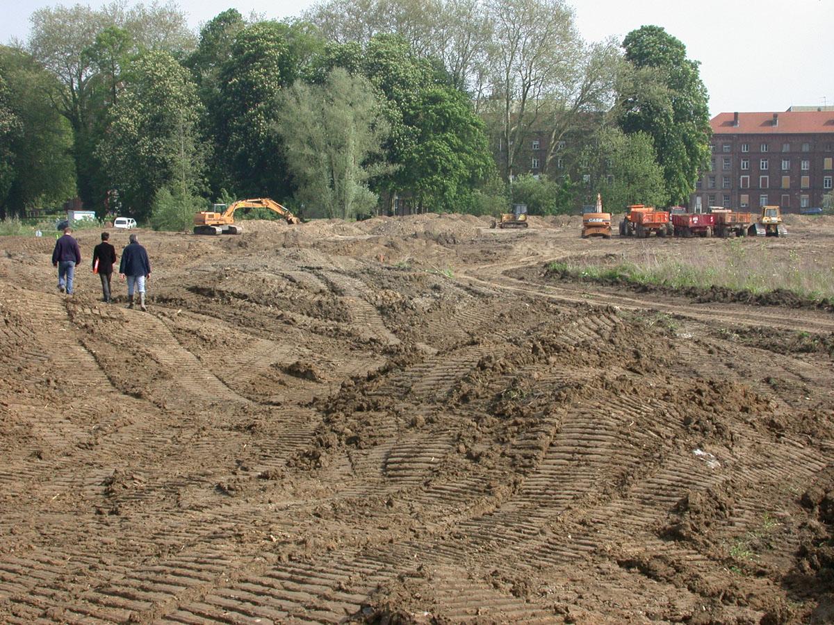 Le jardin de la presqu'île est en cours d'aménagement.