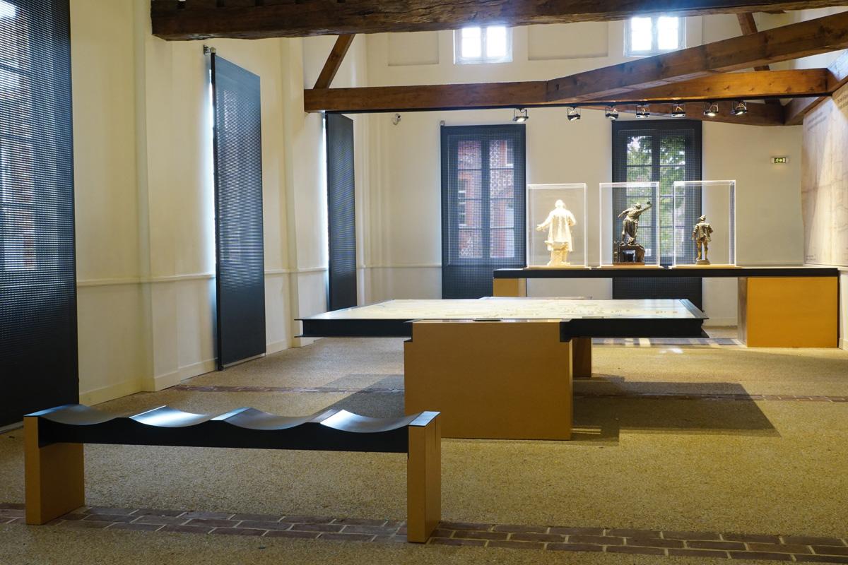 Une aile des économats du Familistère est consacrée à une exposition permanente.