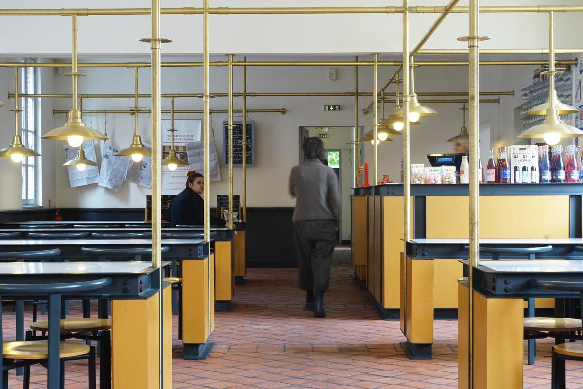 La buvette-restaurant se trouve dans les économats du Familistère