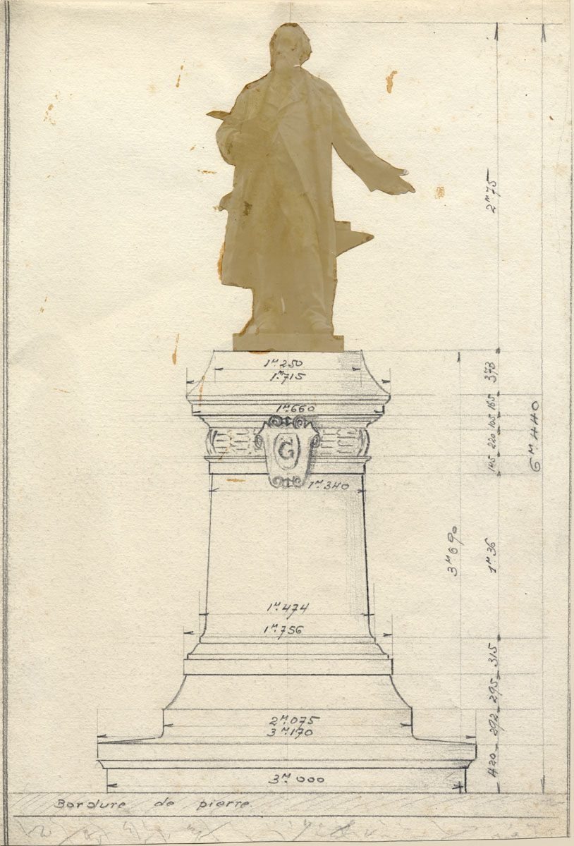 La planche est un montage d'une photographie de la statue et du dessin du piédes