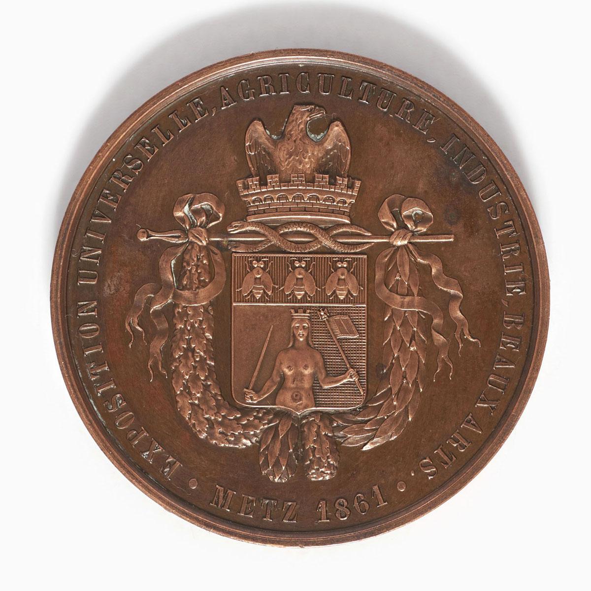 Photographie de l'avers de la médaille