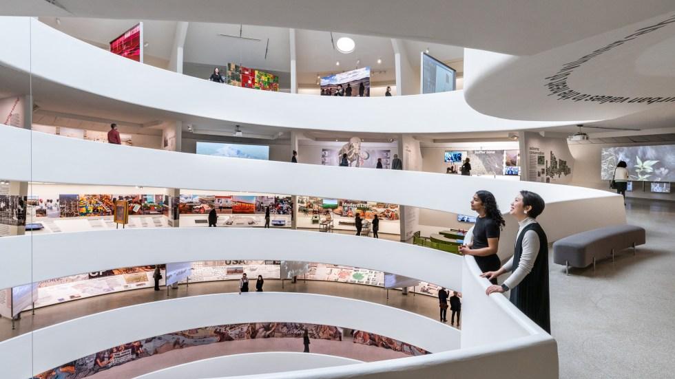 Vue générale de l'intérieur d'un musée